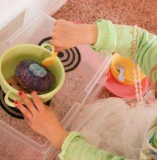 DIY Pretend Cookware Storage and Stove