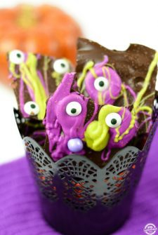 homemade-halloween-bark-featured