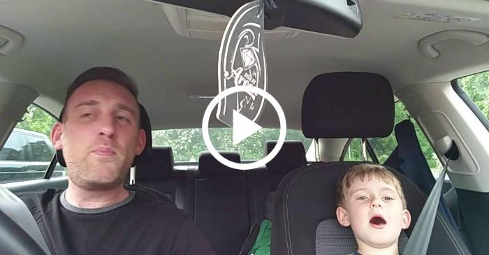 singing-frank-sinatra-with-dad