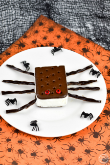 spider-ice-cream-sandwiches-featured