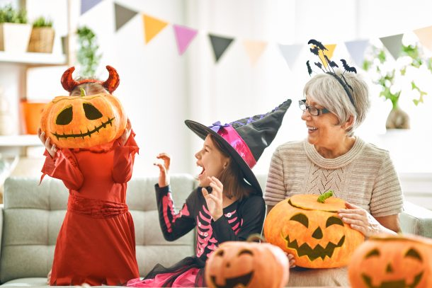 17 Creative Ways to Craft and Decorate Pumpkins!