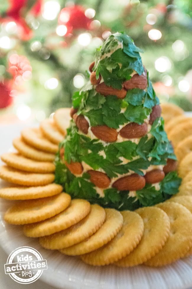 Christmas Tree Cheese Ball