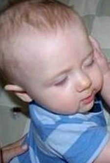 These Cute Babies Waking Up Their Siblings Will Make You Laugh Out Loud