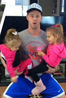 No Gym? No Problem! This Dad Uses His Daughters As Weights!