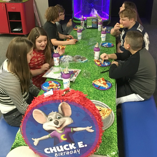 Chuck E. Cheese's Goes For A World Record