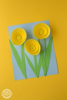 Cupcake Liner Daffodil Art