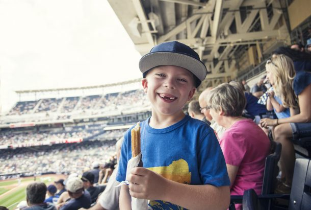 5 Snacks That You Take To a Baseball Game!