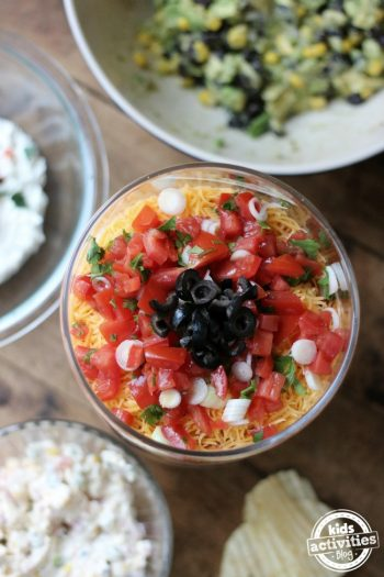 5 Easy Spring Dip Recipes