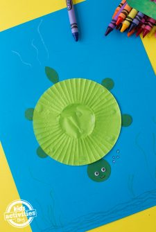Cupcake Liner Turtle Craft