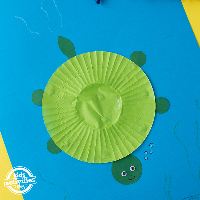 Cupcake Liner Turtle