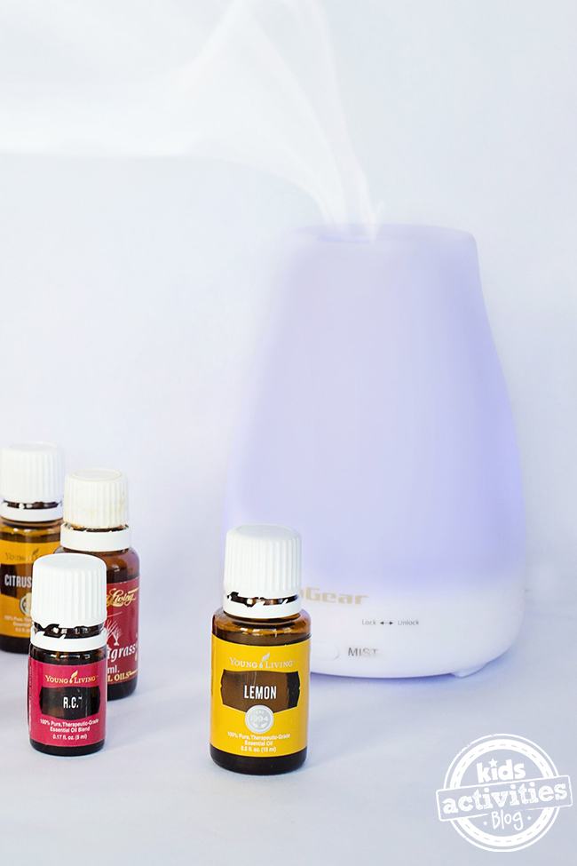 how to use an essential oil diffuser. Black Bedroom Furniture Sets. Home Design Ideas