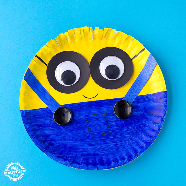 Paper Plate Minion Craft