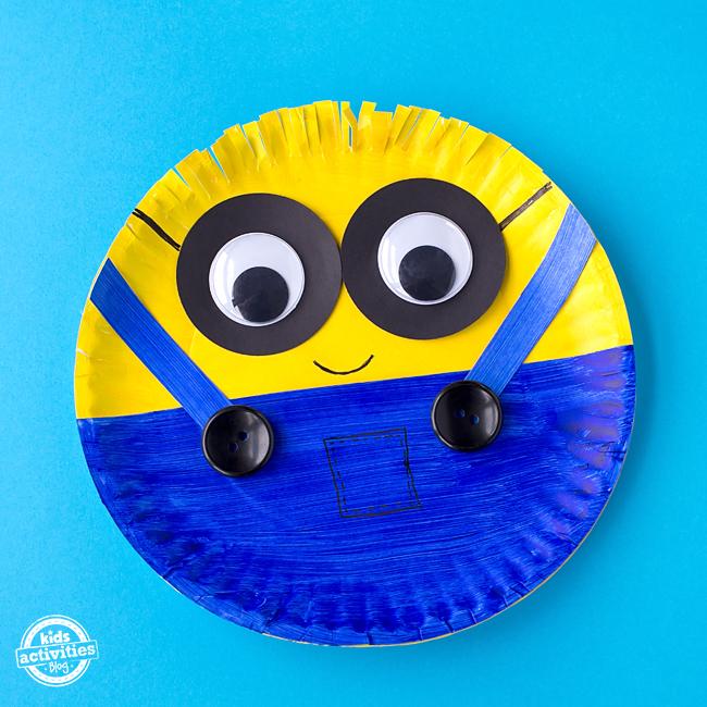 Paper Plate Minion Craft