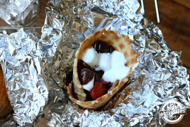 5 Sweet Campfire Dessert Ideas