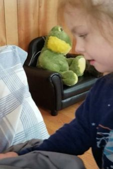 Little Girl Runs Away When She Sees Dad Beardless For The First Time Ever