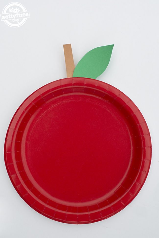 Easy Paper Plate Apple Craft