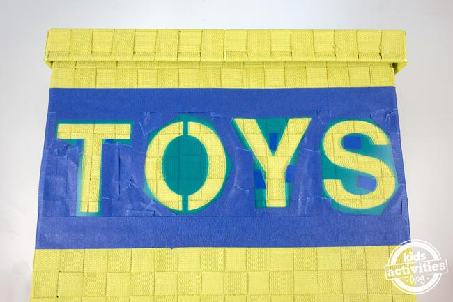 DIY Toy Box with stencil