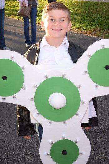 Fidget Spinner Halloween Costume Boy Wearing