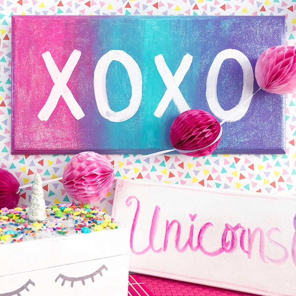 XOXO Wall Sign With Unicorn Cake