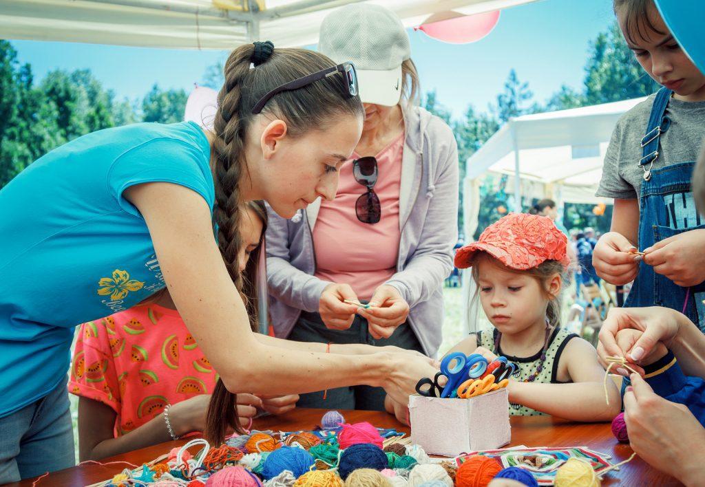 Crafting increases social skills