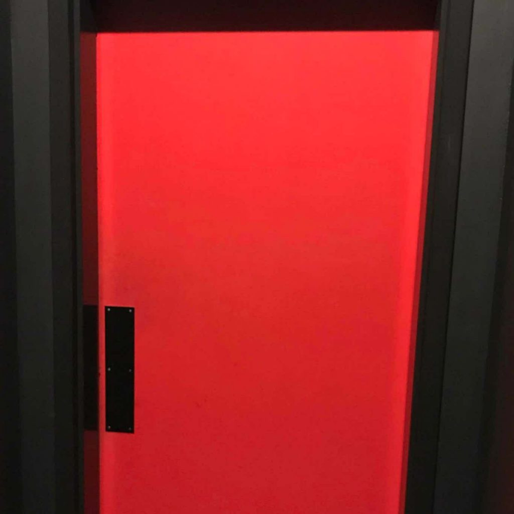 the escape game in Dallas red doo