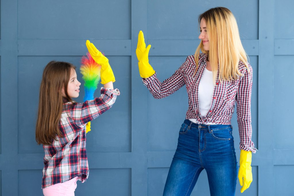 Come check out these age appropriate chores for kids!