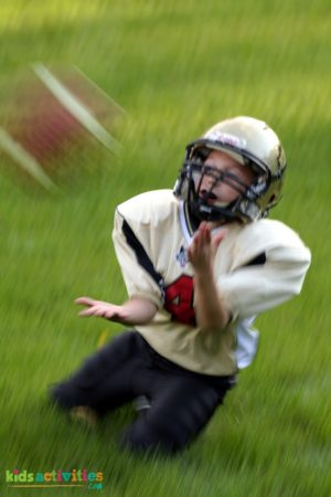 should non-athletic children play sports?