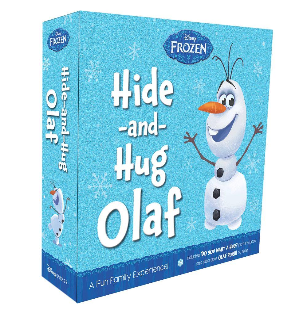 Cacher et serrer dans ses bras olaf elfe congelé sur l'étagère en peluche