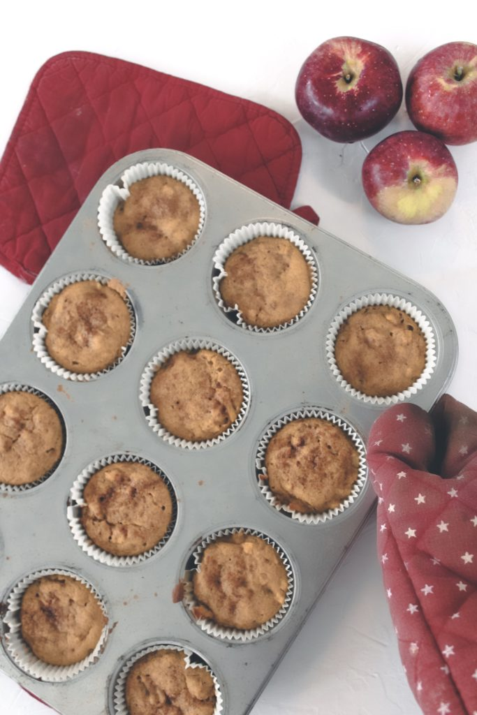 Vegan Pumpkin Apple Muffins