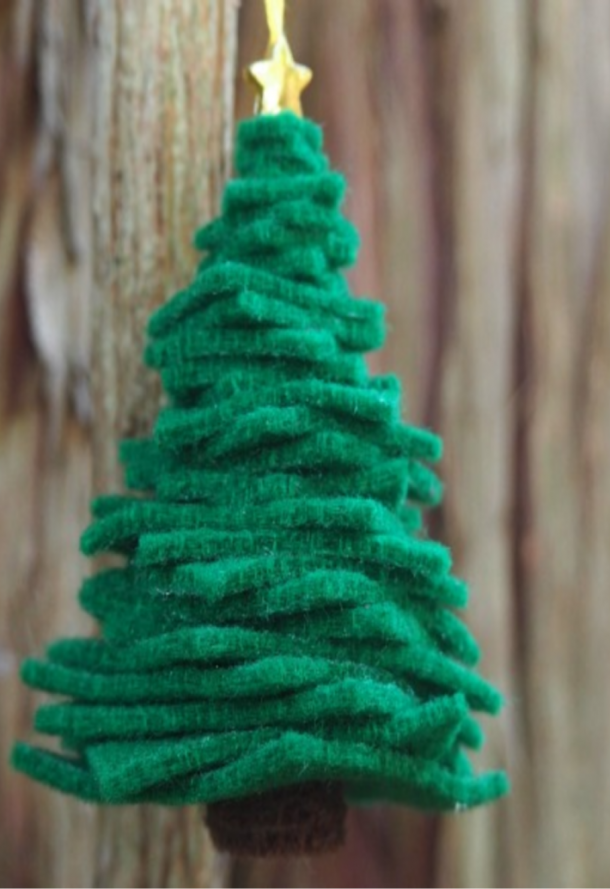 christmas tree ornament made of stacked felt