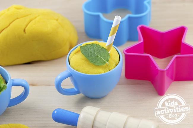 lemonade play dough recipe