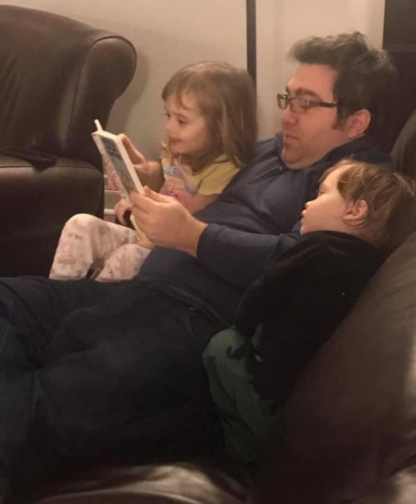 Lire aux enfants