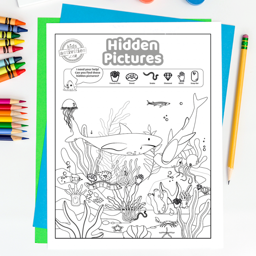 Printable puzzles - hidden pictures in the ocean - shark, jellyfish and more pictured picture