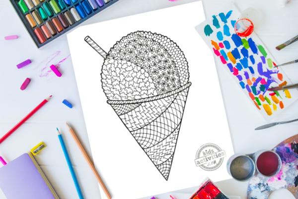 Feuille de coloriage de cône de neige Zentangle avec une tonne de design