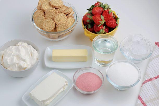 Strawberry Dessert Lasagna Ingredients