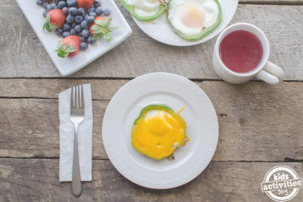 Shamrock Eggs - green pepper and eggs make a yummy St Patrick's Day breakfast!