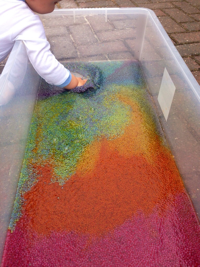 Taste safe rainbow water bead idea for toddlers from The Train drivers Wife