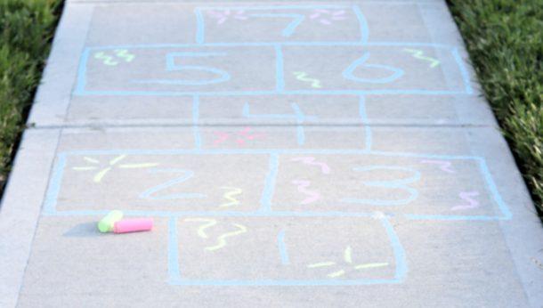 How To Make Homemade Sidewalk Chalk